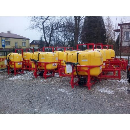 Opryskiwacz  400 litrów 12m